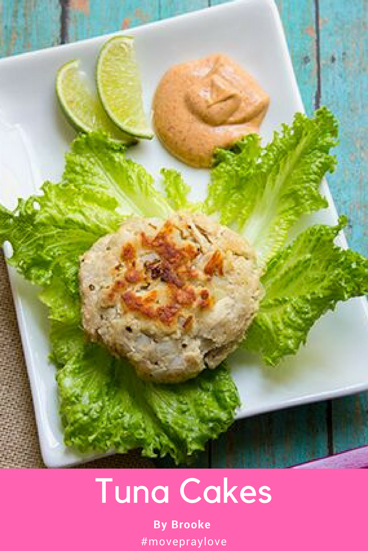 My Tuna Cakes with chipotle mayo will pump up any tuna! #tunastrong #seafood #movepraylove #skinnysupper