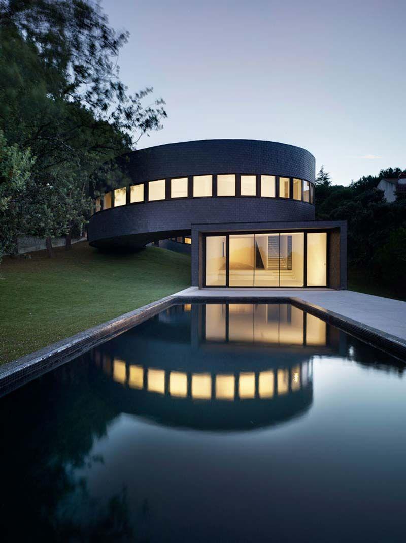 Futuristic House Design Modern Design Of Futuristic Houses Unique