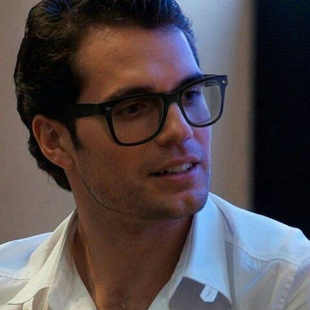 I Love Him In Glasses Henry Cavill Henry Cavill Henry Williams