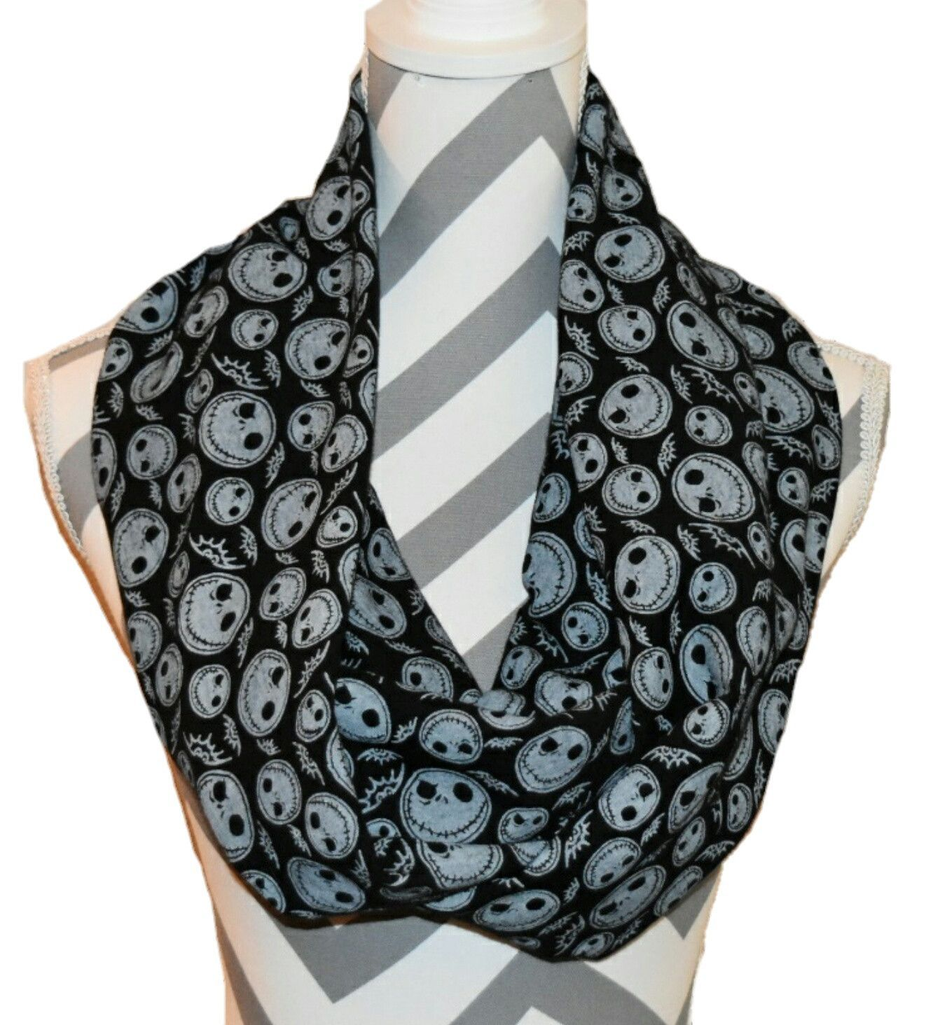 Nightmare Before Christmas | Scarves and Products