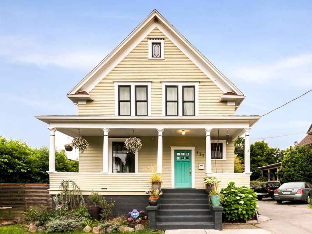 Historic Urban Home On Capitol Hill Homeaway Central District Seattle Vacation Craftsman Bungalows Vacation Rental