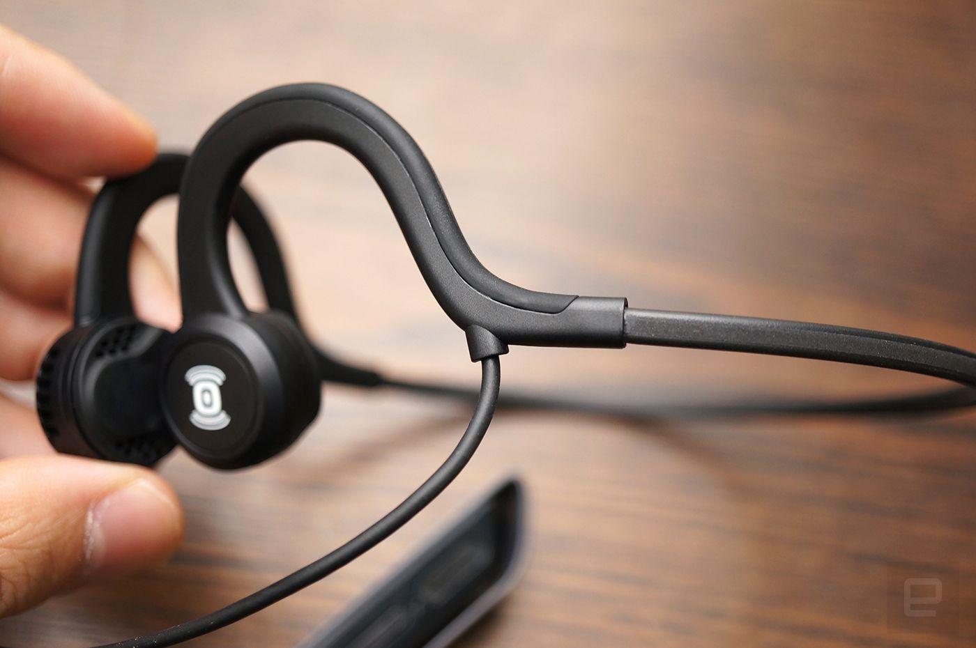 Aftershokz Breez Titanium Razer Hammerhead Bt Bluetooth Wireless Premium Gaming Earphone Headset Headphone Explore Tech News And More