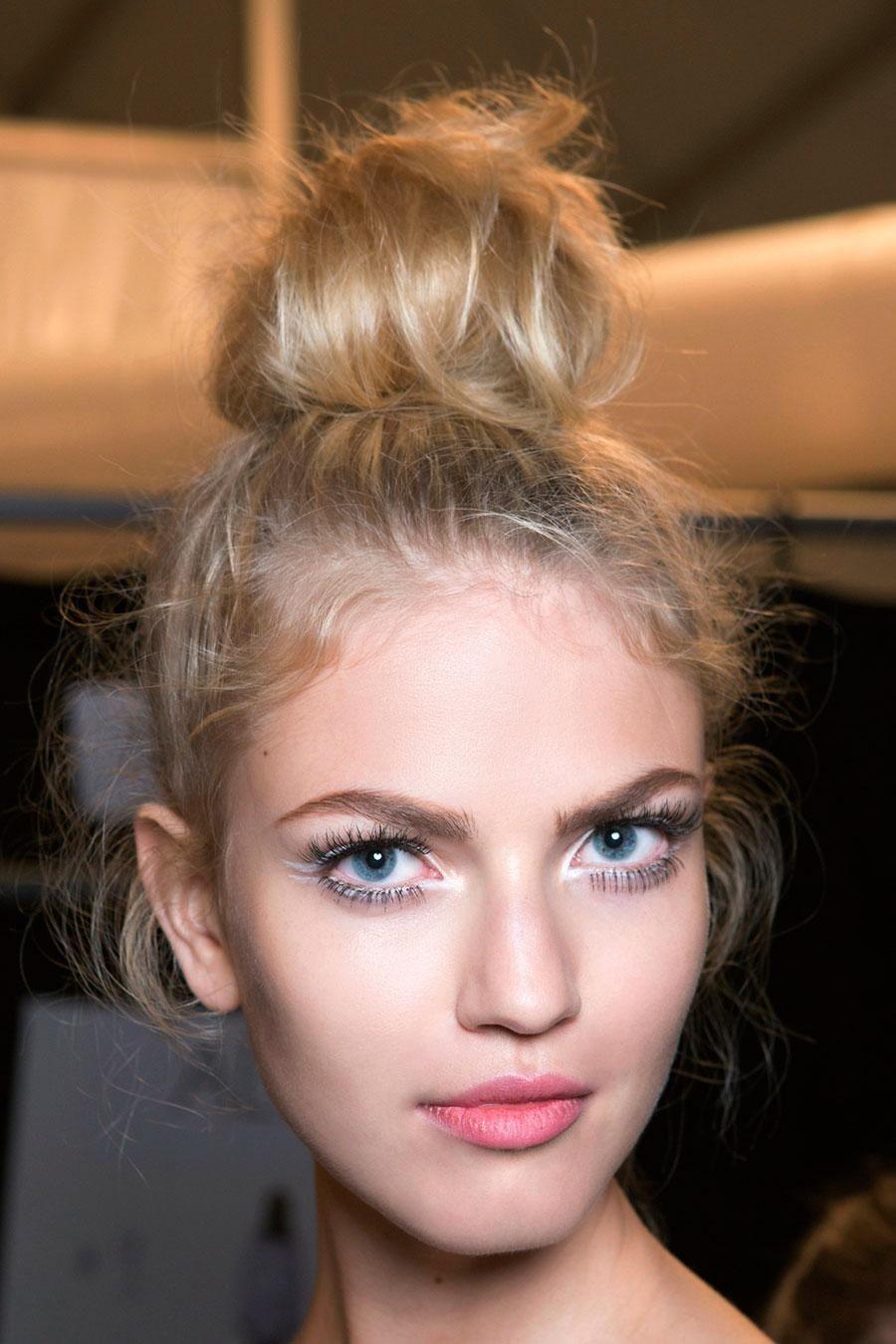 Hair Bun Ideas for a Sweat-Free Hair Look This Summer