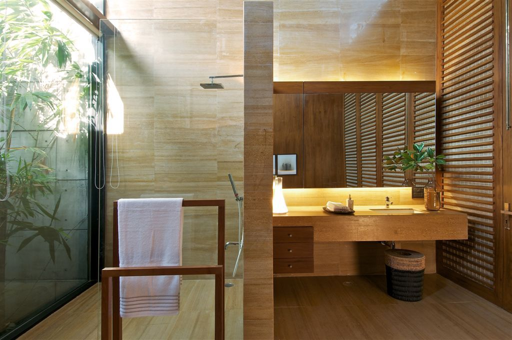 Incroyable Tropical Bathroom Design 1024x680