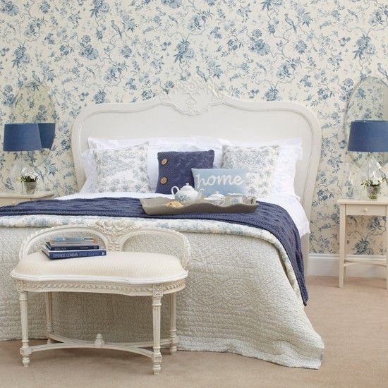25 Beautiful Homes Magazine Guest Bedroom Decor Blue White