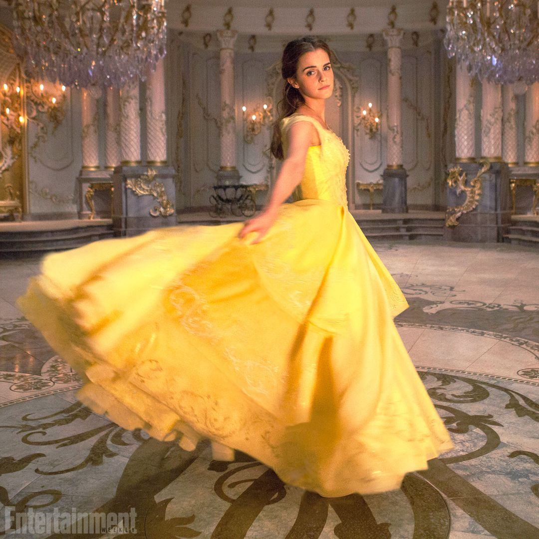 Beauty And The Beast See 9 Enchanting Exclusive Photos With
