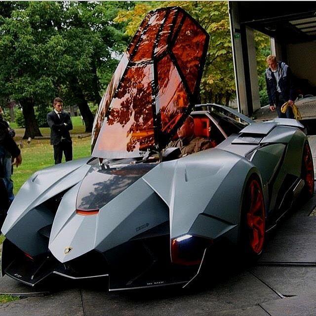 Lamborghini Egoista ❤ What Do You Think?✨ TAG Someone Who Loves Lamborghinis !