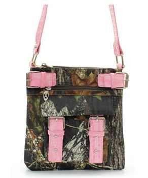 Mossy Oak Hipster Bag  #BustedArrow #HuntressGifts