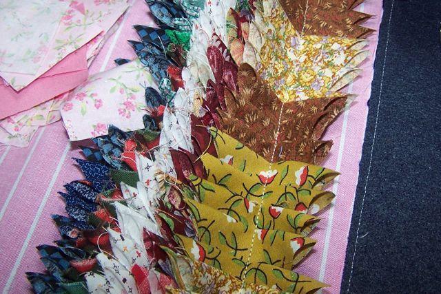 http://steelscraps.blogspot.com.ar/2010/01/rag-rug-using-2-squares.html