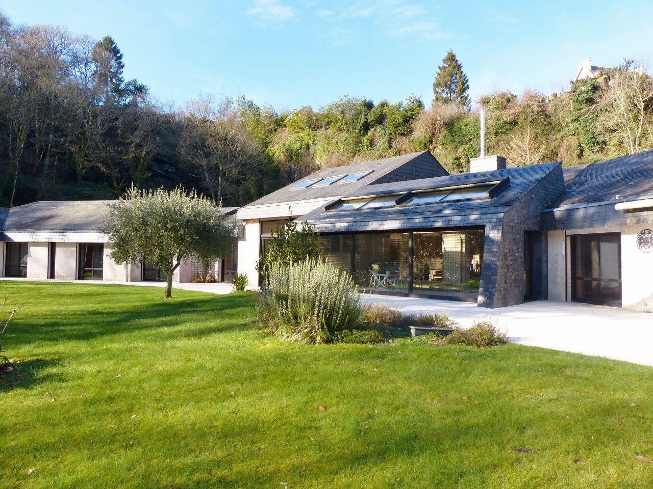 Vente Villa Contemporaine avec piscine Finistere   Villa contemporaine, Maison style, Recherche ...