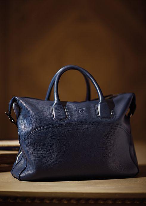 A leather week end bag featuring a handy shoulder belt - canali ... 1243e6e16e423