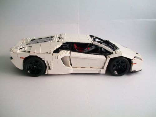 Lamborghini Aventador: A LEGO® creation by Nick Barrett : MOCpages.com