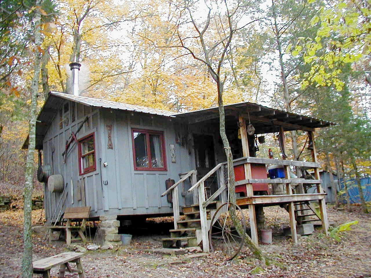 backwoods country living how to live off the grid