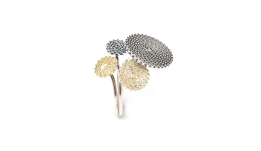 Liliana Guerreiro | Colecções - Handmade 19 carat gold and silver ring, with an ancient filigree technique, mesh