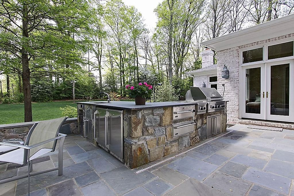 Concrete, Traditional, Custom Hood/Ventilation, L-Shaped ... on L Shaped Patio Ideas id=15114