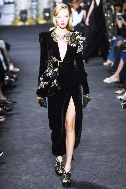Эль Сааб Haute couture 2017-- экзотика и красота в ритме большого города