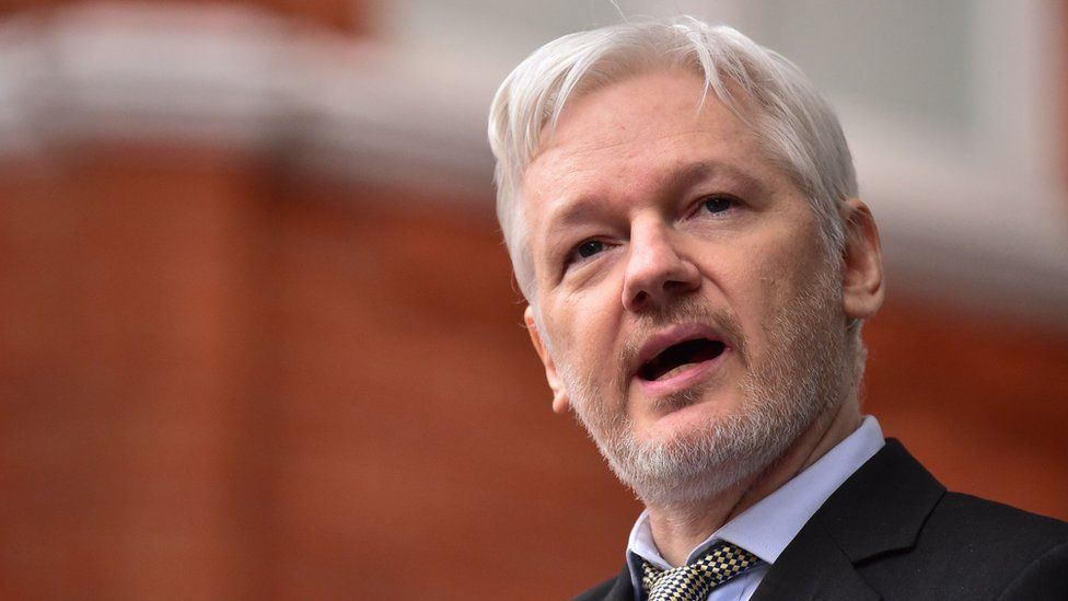 nice Assange faces Sweden 'rape' questions in Ecuadorean embassy Check more at http://www.globaldiscuss.com/assange-faces-sweden-rape-questions-in-ecuadorean-embassy/
