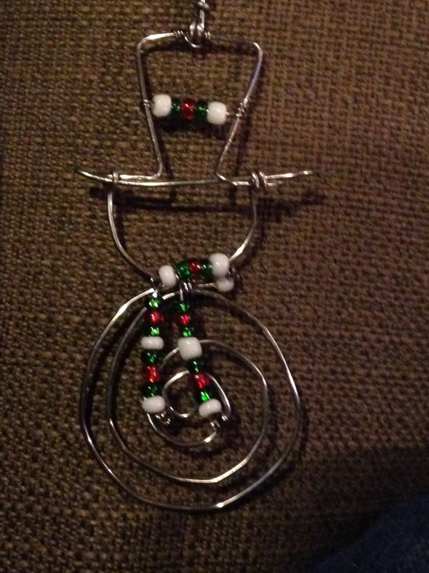 Diy Wire Snowman Ornament Wire Ornaments Wire Crafts Christmas Ornaments To Make