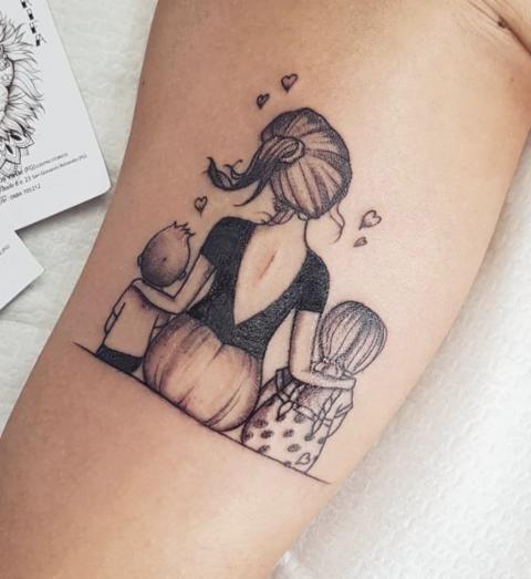 25 süße Tattoos, die Mutter-Tochter-Liebe feiern