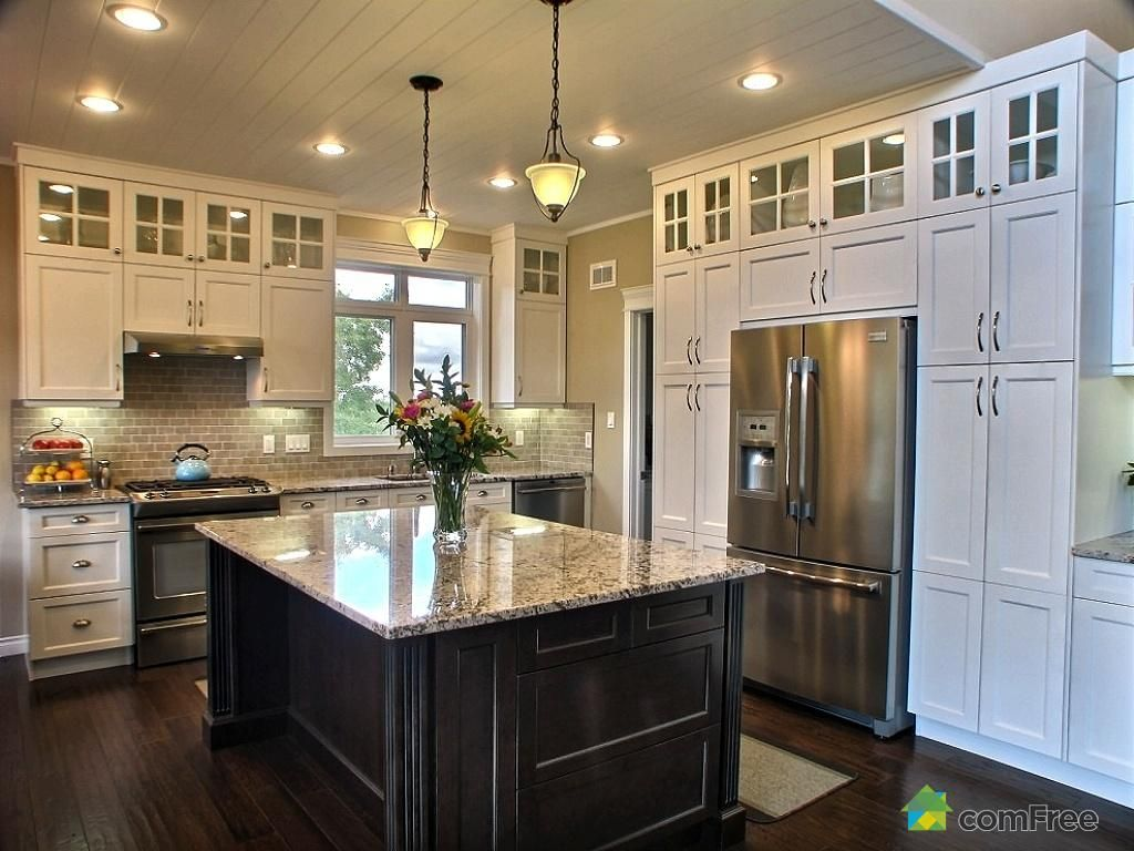 love how the cabinets go all the way to the ceiling empty space up there is useless trendy on kitchen cabinets to the ceiling id=31335