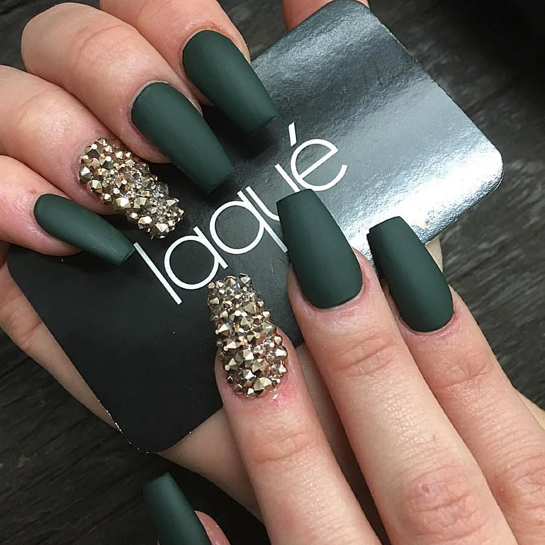 Full set $35 matte $5 2 fingers Swarovski $20 Total $60 ($20 extra ...