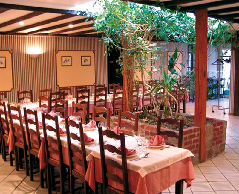 Guide Des Restaurants Gastronomiques Et Hotels 4 5 Etoiles De France Restaurants Produits Locaux Hotel