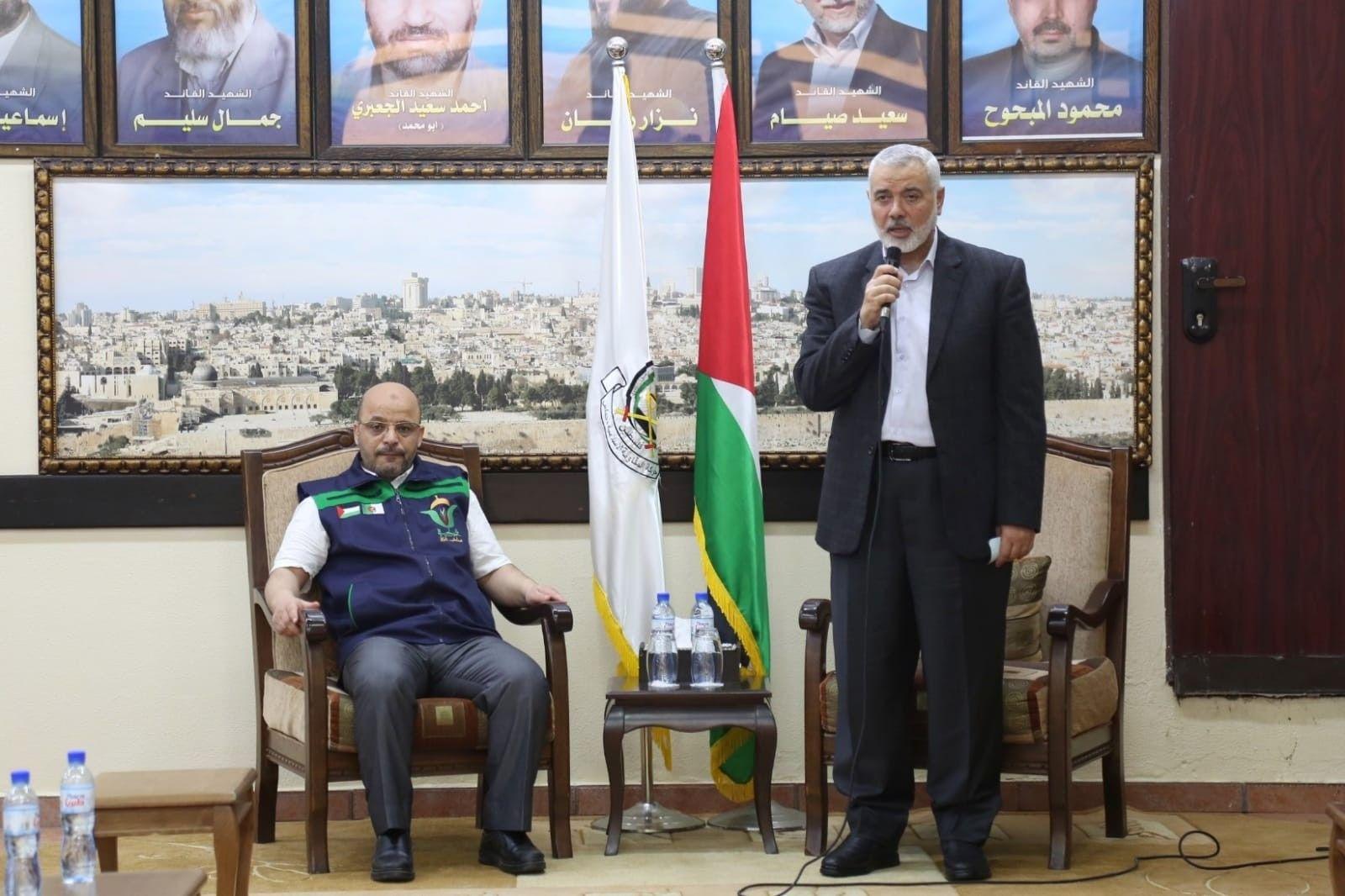 هنية يستقبل قافلة اميال من الابتسامات في غزة My Land Talk Show My Love
