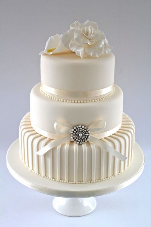 30 White Wedding Cake Designs That Will Leave You Wanting One Contemporary Wedding Cakes Wedding Cakes With Cupcakes Beautiful Wedding Cakes