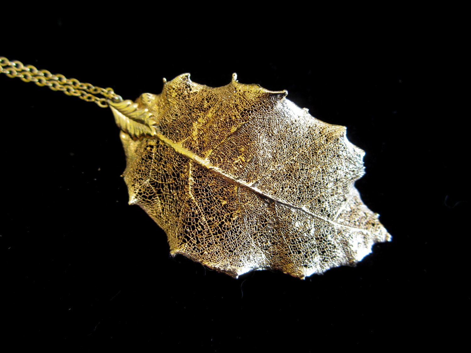 Vintage Aspen Leaf Necklace