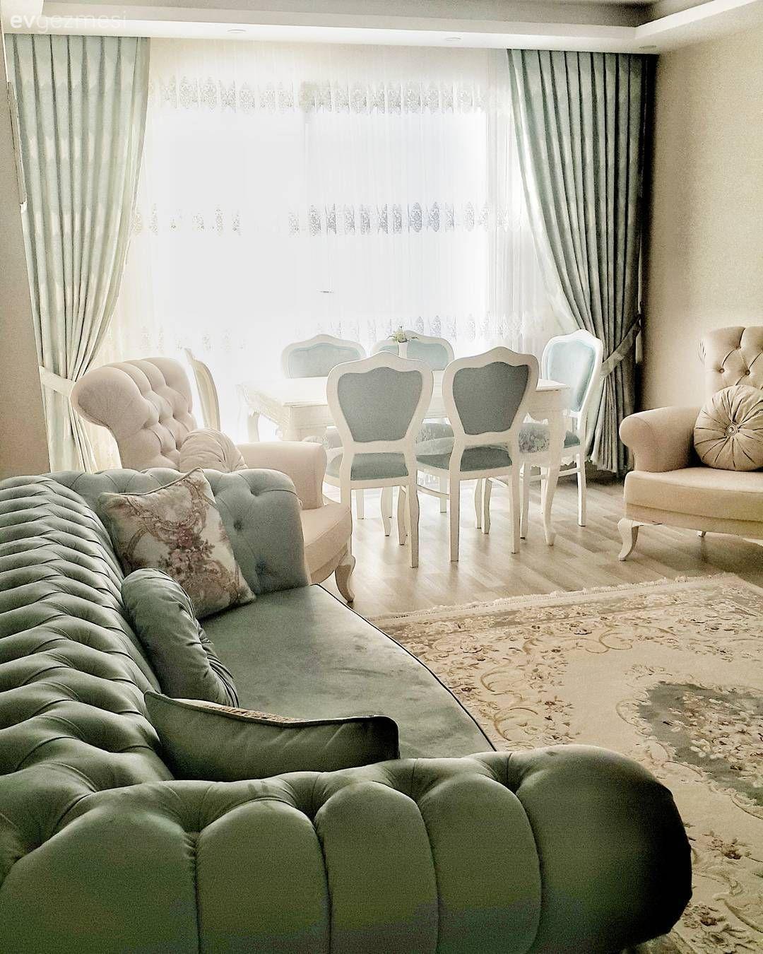 Sakin Ve Huzurlu Bir Dekor Derya Hanimin Evi Ev Gezmesi Oturma Odasi Takimlari Oturma Odasi Fikirleri Oturma Odasi Tasarimlari