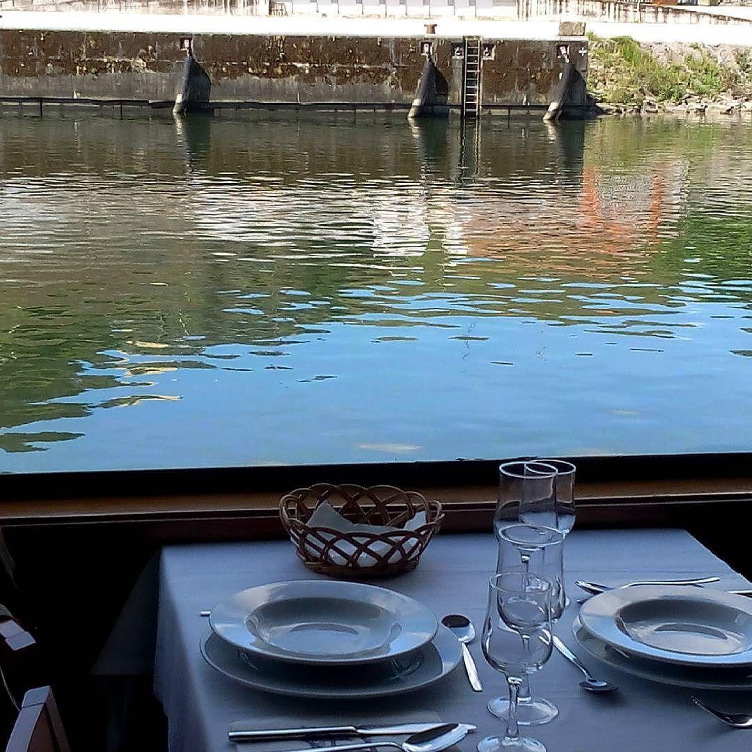 Serviços turísticos em Portugal  Do Porto ao Peso da Régua de barco - café da manhã - almoço - guia e serviços de bordo  Da Régua ao Porto de trem  Mais informações e reservas  alemmarturismo@gmail.com  whatsapp 00351915384631  #alemmarturismo #douro #porto #portugal #viagemturismo #portugaldenorteasul #viagemtop #viageminesquecivel #viajocomalemmar #viagemcomamigos #viagem by alemmarturismo
