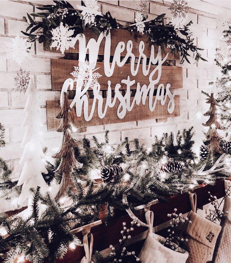 Christmas Wallpaper Aesthetic: Christmas Mantels, Christmas