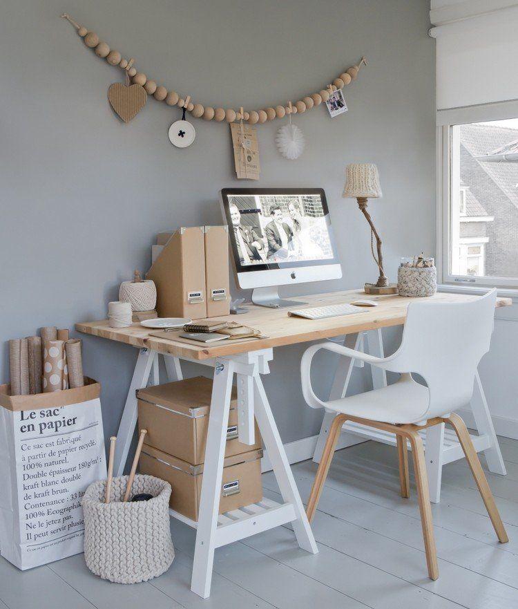 Coin bureau avec déco scandinave et meubles en bois et blanc