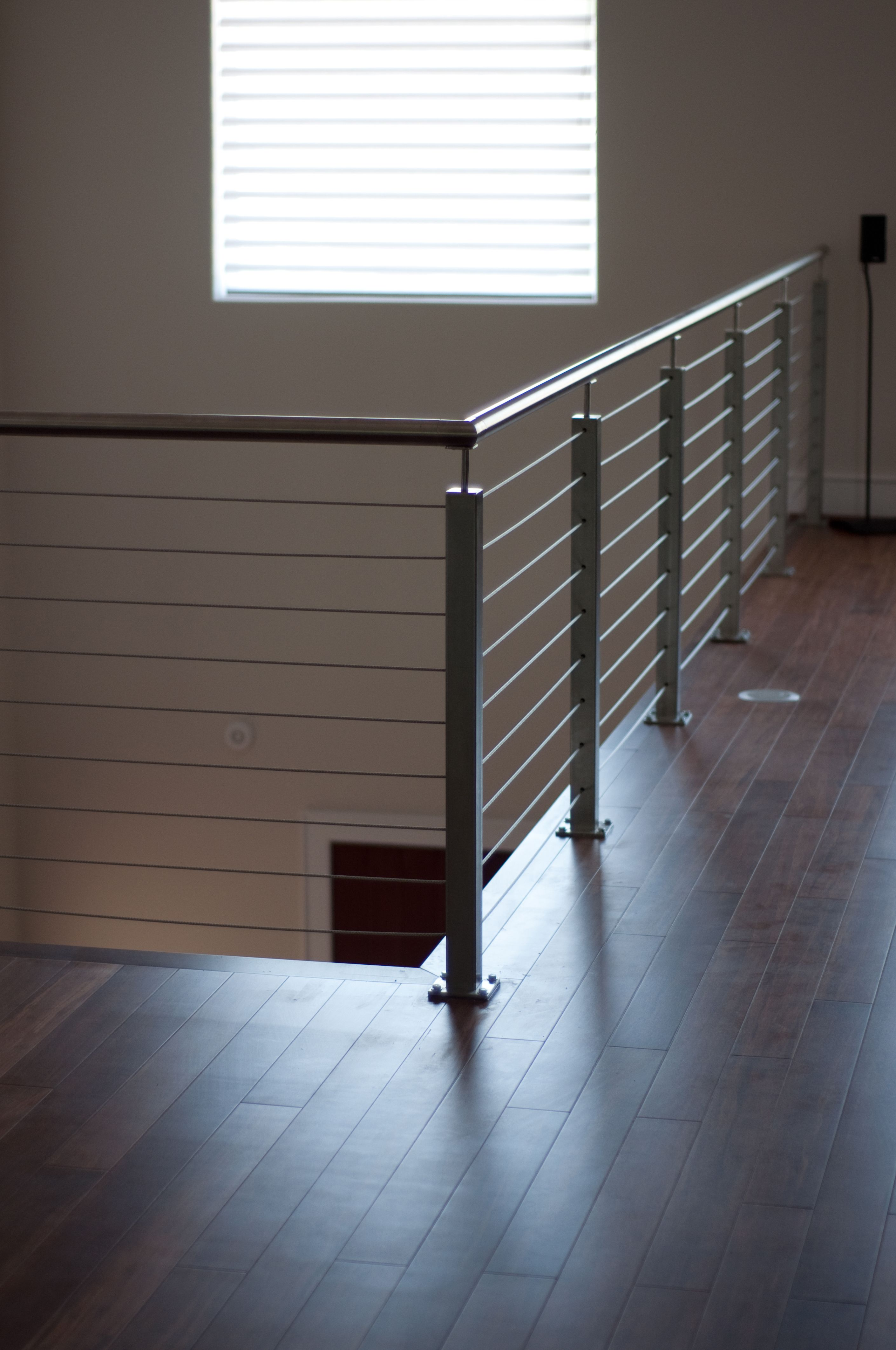 Stainless; square newel post; round railings; Indital USA ...