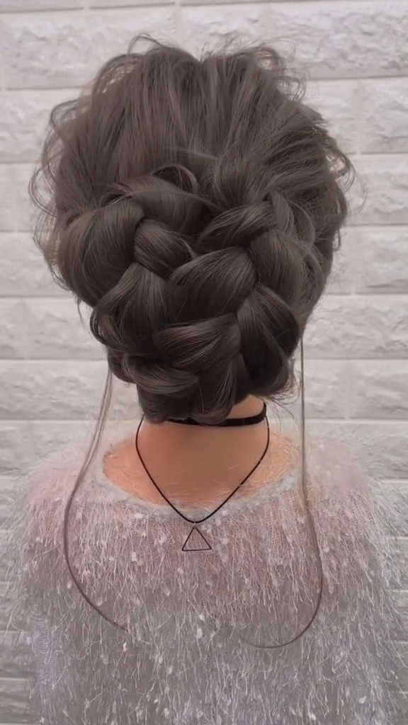 Eazy & Perfect Messy Bun Hair Tutorial Video ! braided bun for medium length hair
