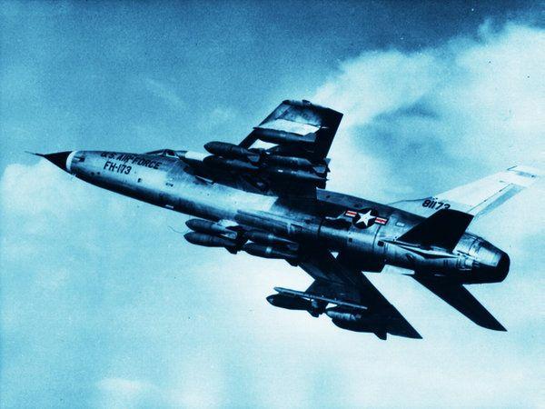 F-105 Thunderchief | 105 Thunderchief wallpaper2 by ~Elwoodzik on deviantART
