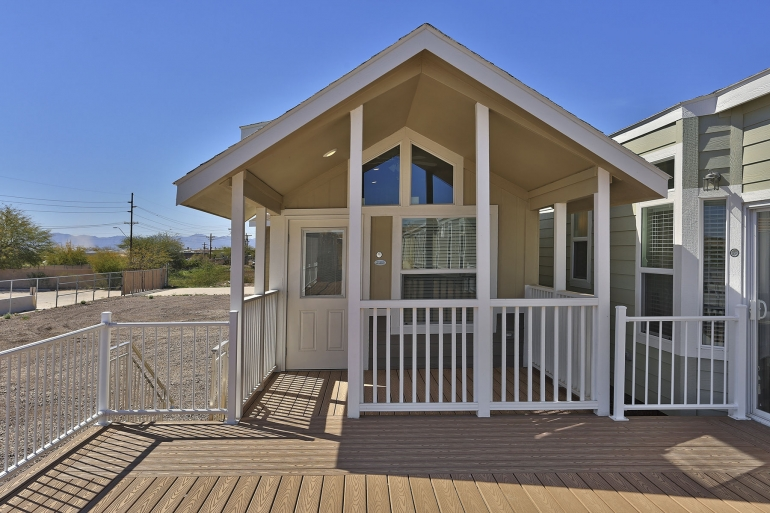 Champion Arizona 1 Bedroom Manufactured Home Bluewater For 46908 Model Aph239 Manufactured Homes Floor Plans Small House Remodel Tiny House Interior Design