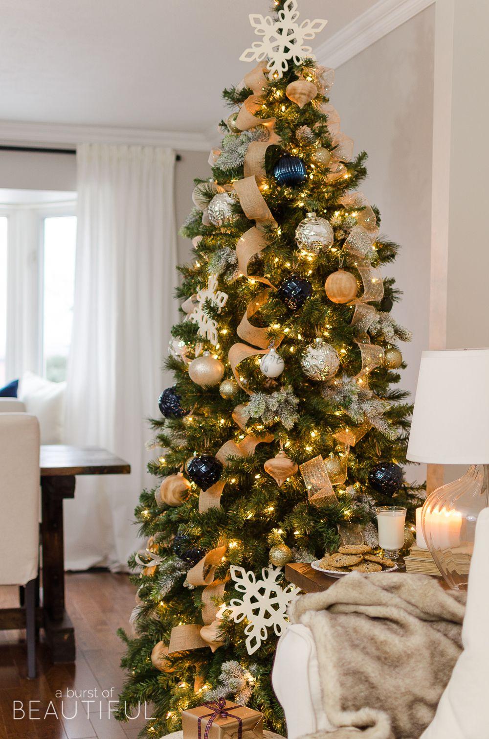 Navy and Gold Christmas Tree Crăciun