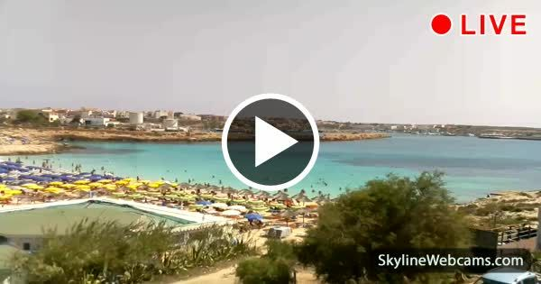 Live View Of The Turquoise Sea Of Lampedusa Spiaggia