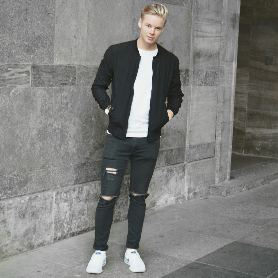 super popular 0366a 0223b ripped jeans with nike roshe runs men style - Google Search