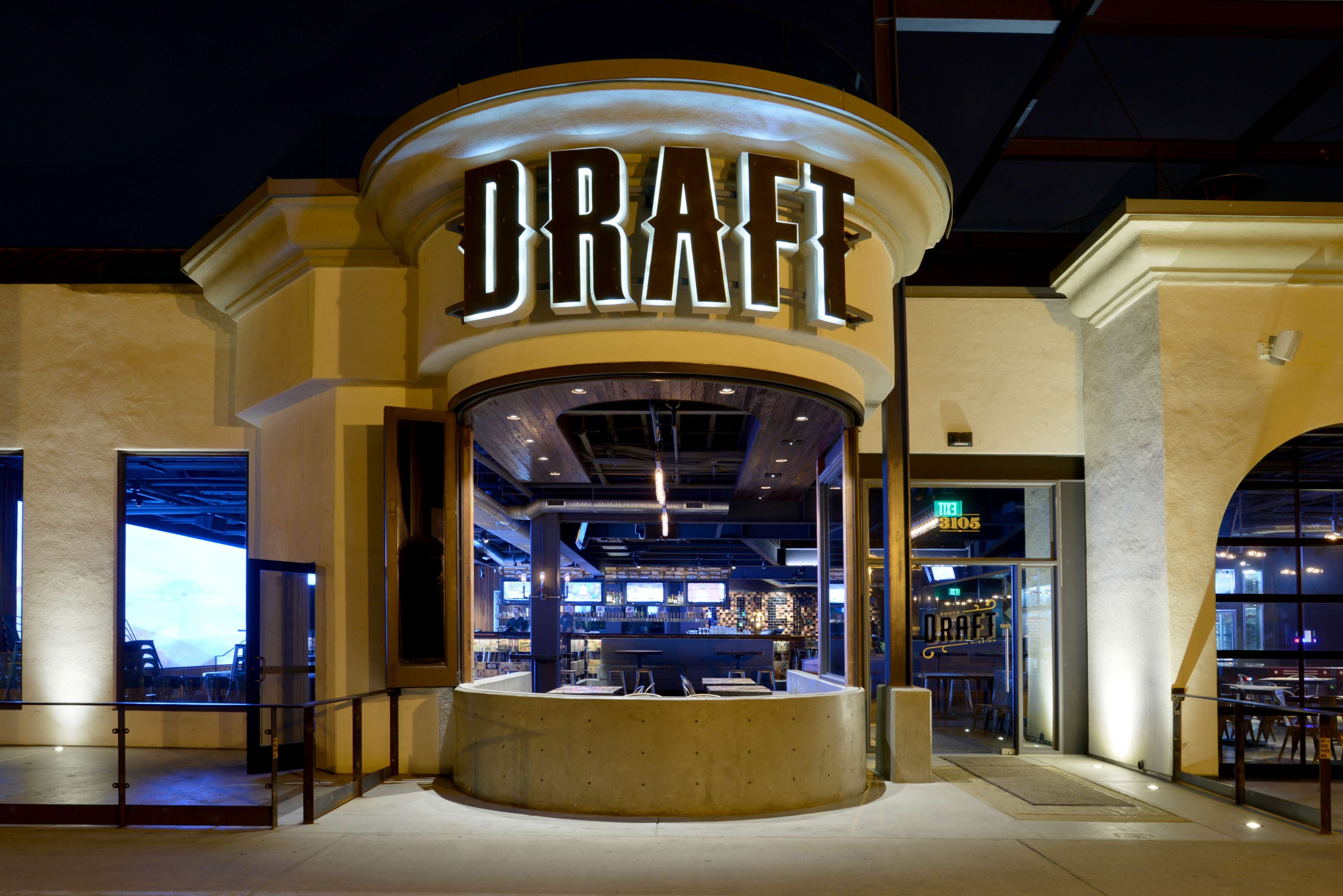 Architecture For Draft Restaurant In Mission Beach California