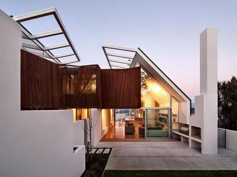 glass roof and outdoor top floor seaview house by parsonson architects
