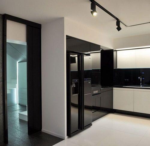 White Minimal Kitchen Design Inspirations With Tall Types Modern Black  KItchen Cabinet And Elegant Black Kitchen Backsplash Decorating Themes Also  Stunning ...