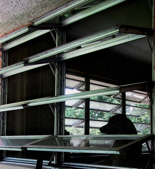 Jalousie Windows Jalousie Window Screened In Deck