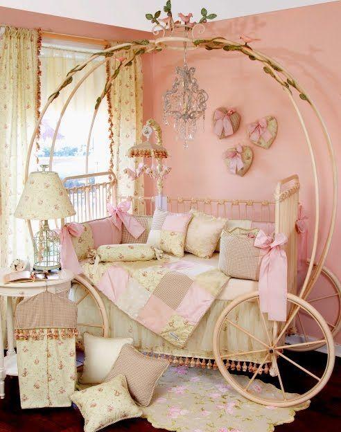 Isso sim é um berço dos sonhos. #cinderela #decor #creative
