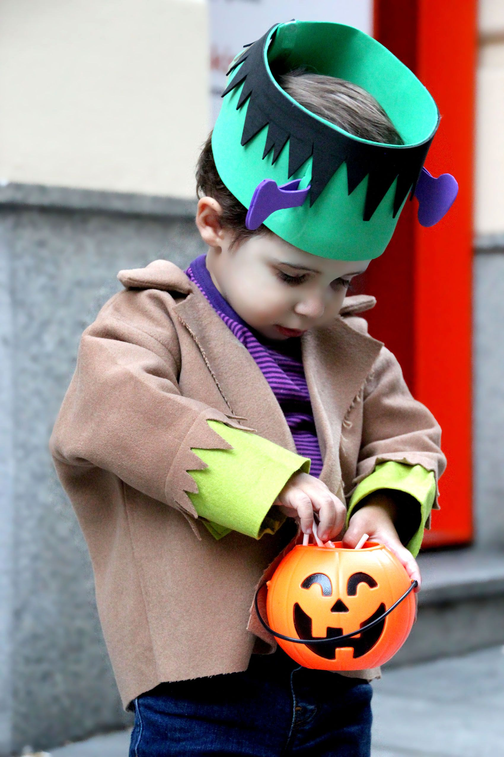 DIY Disfraz casero para niños Frankenstein muy fácil (Oh