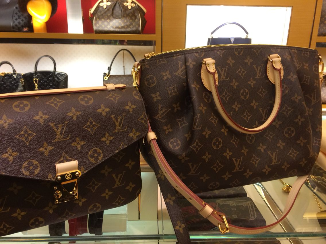 4801d3080c Decisions decisions! (Louis Vuitton Metis pm and turenne mm ...