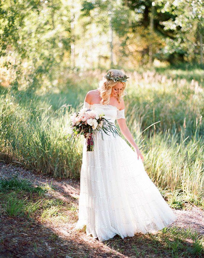 bohemian aspen elopement maggie zach wedding dress