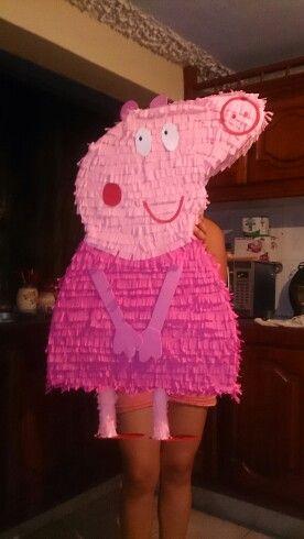 Peppa pig  piñata