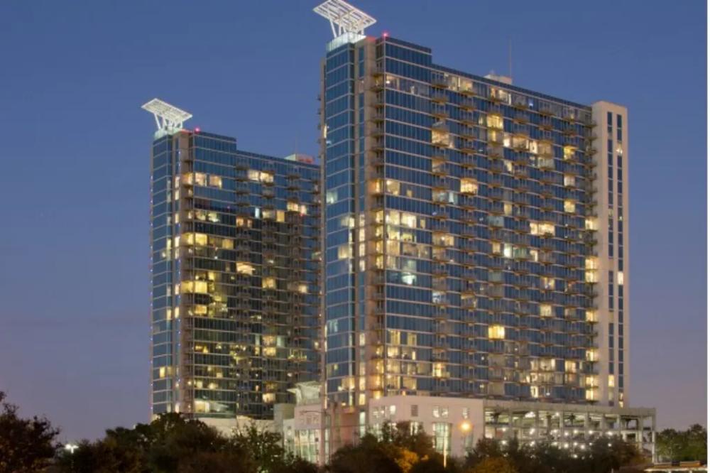 100 Best Apartments In Houston Tx Hermann Park Houston Skyline Cool Apartments